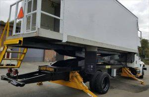 cabin_service_truck_international_navistar_4300_2003c